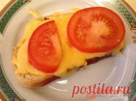 Горячие бутерброды в духовке | Foodbook.su Утром, когда не хочется тяжелой еды, отлично подойдут простые и ароматные бутерброды, прямиком из духовки. Детки будут довольны.