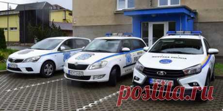 Lada Vesta SW Cross стал полицейским автомобилем в Словакии