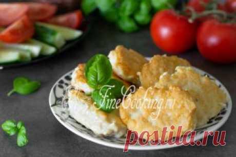 Куриные оладьи - можно пожарить не только на сковороде, но и запечь в порционных формочках (для кексов или в рамекинах) в духовке - тогда у вас будет нежнейшее суфле.