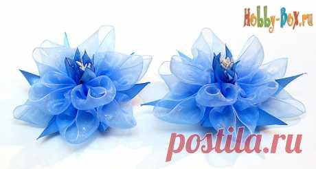 Нарядный Бант-цветок из лент своими руками