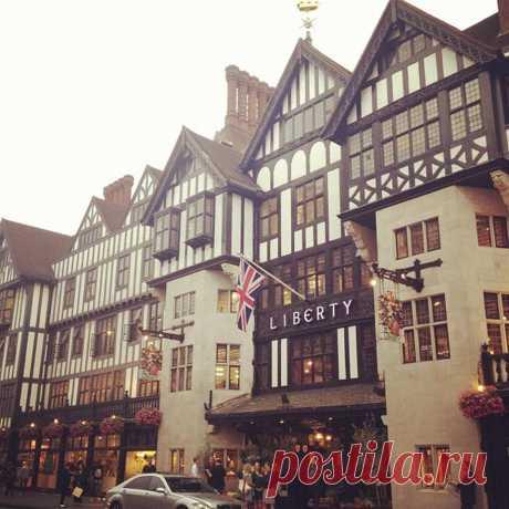 Liberty of London - Soho - 169 tips