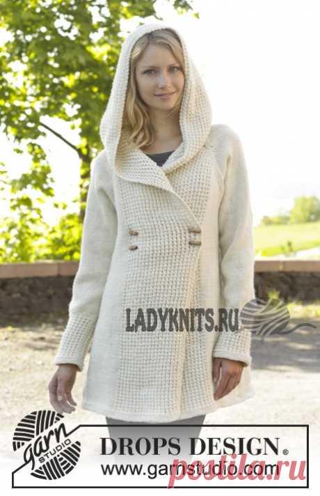 Вязаное спицами пальто Snow Princes от Дропс