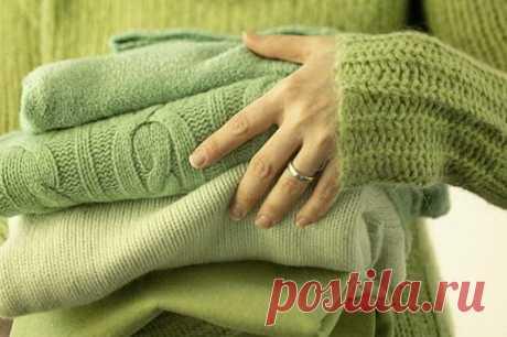 Как правильно ухаживать за зимним гардеробом: пуховиками, свитерами и колготками