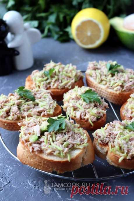 Бутерброды с авокадо и тунцом — рецепт с фото пошагово