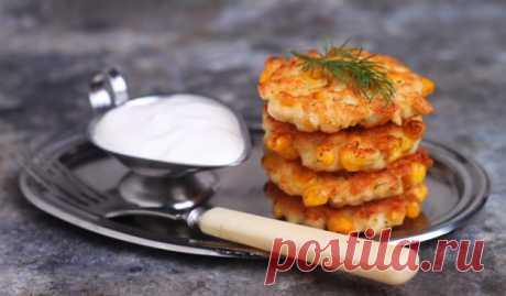 Рубленые котлеты из куриной грудки с сыром и кукурузой