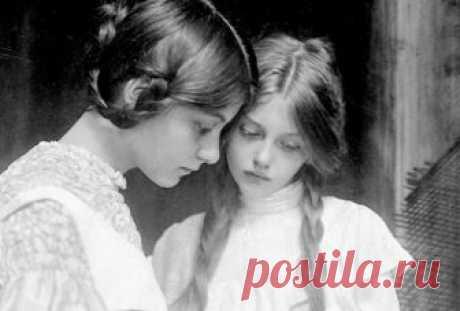 10 правил настоящей леди от прабабушки Несколько нехитрых правил моей прабабушки, которая всегда являлась для меня идеалом жены, любимой женщины-вдохновительницы, светской красавицы и кладезем житейской мудрости с дворянской закалкой.  ...