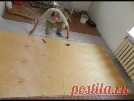 Como eliminar el chirrido de los suelos de madera, la chapa de madera, el linóleo