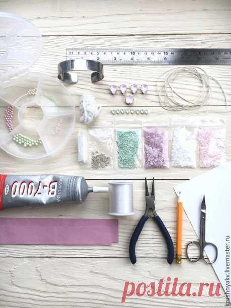 Создаем браслет «Цветущая яблоня»: работаем с кристаллами Swarovski