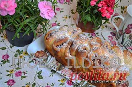 Дрожжевой пирог - роза с вареньем в хлебопечке | 4vkusa.ru