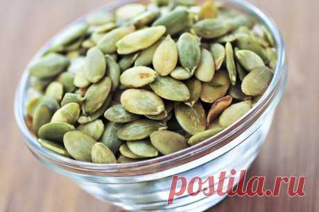 Как употреблять семена тыквы, чтобы избавиться от паразитов, холестерина, триглицеридов, диабета, запоров и не только? Я перестала пить таблетки от высокого давления, благодаря этим рецептам!
