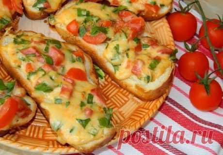 Горячие бутерброды с копченой колбасой