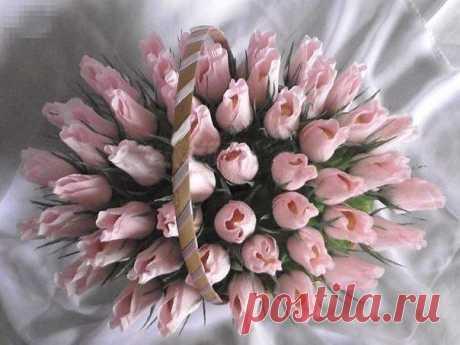 Бутоны роз из конфет — Поделки с детьми