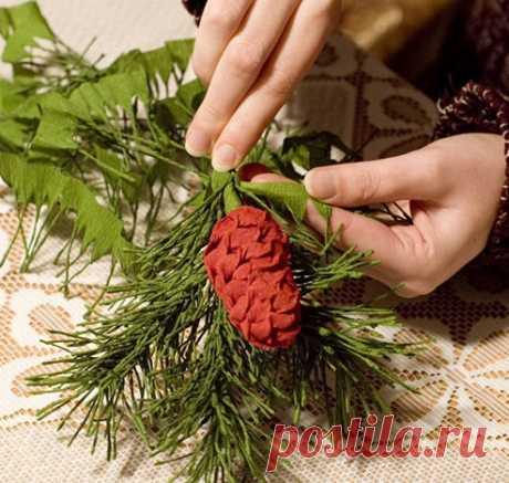 Еловая веточка из гофробумаги. Фото МК / Новый год / новогодние подарки,поделки и костюмы