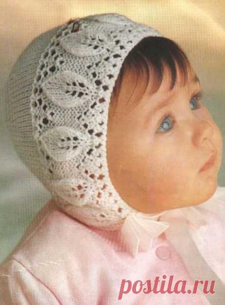 Ажурный чепчик на крещение - как связать на спицах для девочки
