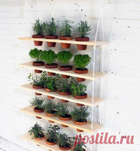 Делаем вертикальную полку для цветов