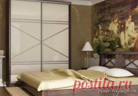 Шкаф купе в спальную комнату под заказ; фото, дизайн
