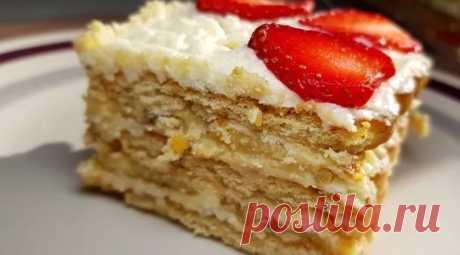 Торт без выпечки с клубникой и бананами — Sloosh – кулинарные рецепты