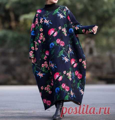 Dark blue Plus velvet Winter dress, long Coat dress, oversized warm robes 【Fabric】 cotton 【Color】 dark blue 【Size】 shoulder width is not limited Shoulder + Sleeve 64cm / 25 Bust 182cm / 71 Cuff circumference 27cm / 11 Length 118cm / 46   Have any questions please contact me and I will be happy to help you.