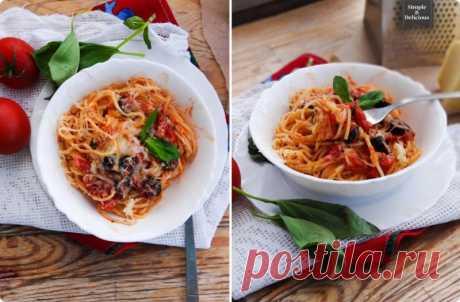 Спагетти с помидорами и маслинами — Sloosh – кулинарные рецепты