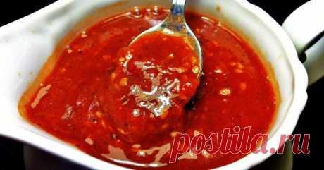 Аджика со сливами Однородная текстура, пряный аромат и, конечно же, острый вкус сделают этот соус вашим фаворитом.