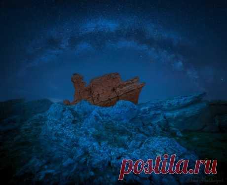 """Один в каменных льдах. Кололвина Жигалган, или """"Упавшая земля"""" в Казахстане. Снимала Елена Lissa Пахалюк."""