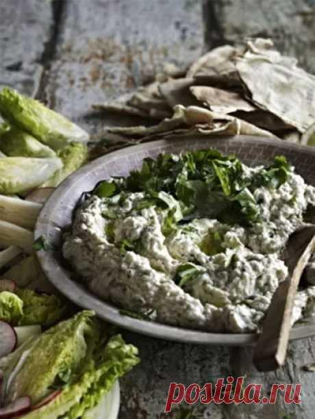 Что приготовить с баклажанами  Вот что приготовить с баклажанами, чтобы блюдо было полезным, вкусным и диетическим.  1. Баклажанная икра  2. Баклажаны с индейкой