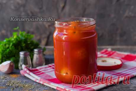 Tomatoes in own juice with tomato paste for the winter, the recipe from a photo
