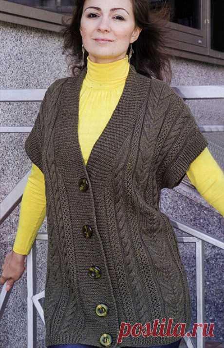 Удлиненный жилет с вертикалями выразительных рельефов 54 размер спицами – схема и описание — Пошивчик одежды