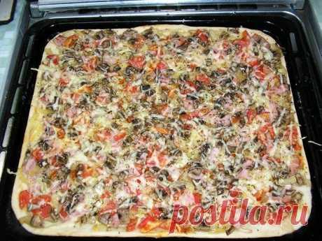 Как приготовить как приготовить пиццу с тонкой хрустящей основой за 20 минут - рецепт, ингредиенты и фотографии