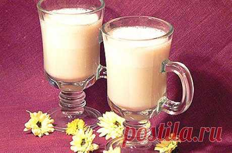 Рецепт: Домашний молочный коктейль с бананом - пошаговый фото рецепт приготовления