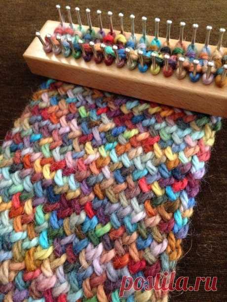 Loom Knit Infinity Scarf de muchos colores - Aventuras en Telar Tejer