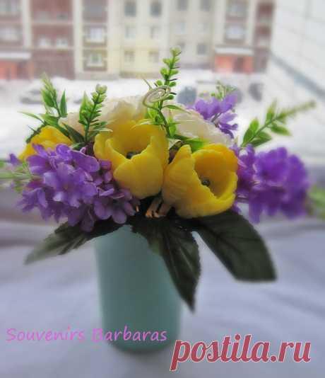 """Сувенирный букет из мыла ручной работы """"желтые тюльпаны и сирень"""""""
