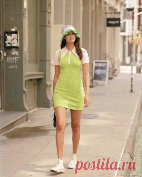 Аксессуар как у Жизель Оливейры, который мы заберем с собой из лета в осень Летний сезон невозможно представить себе без головных уборов: шляп, бейсболок, бандан, шелковых каре, переживших в этом году ренессанс, и, конечно, панам. Аксессуар родом из детства неожиданно вер…