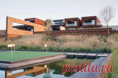 The house of Boz in Pretoria (ETODAY Internet magazine)