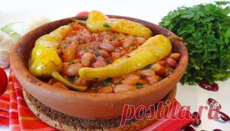 Лобио с цицаки (Georgian beans with spicy chilli)