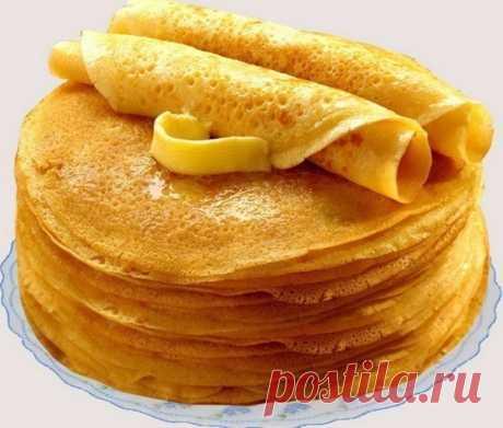 Блины «Безупречные». Получатся даже у новичков!   Ингредиенты:   кипяток — 1,5 стакана;  молоко — 1,5 стакана;  яйца — 2 штуки;  мука — 1,5 стакана (тесто должно быть реже, чем на оладьи);  сливочное масло — 1,5 столовые ложки;  сахарный песок — 1,5 столовые ложки;  соль — 0,5 чайной ложки;  ваниль.   Приготовление:   Взбейте яйца с сахаром, добавьте соль и ваниль. Далее взбивая смесь, добавляем молоко и постепенно всыпаем муку. Не переставая взбивать, вливаем растопленное...