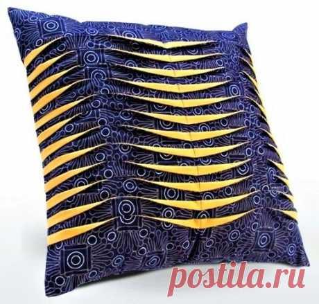 Красивая и очень простая в исполнении декоративная подушка для уютного интерьера (своими руками) | Идеи рукоделия | Яндекс Дзен