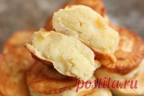 Расскажу, как я готовлю быстрые пирожки с картошкой: не нужно замешивать и ждать, когда подойдёт тесто и без лепки | Я Готовлю... | Яндекс Дзен