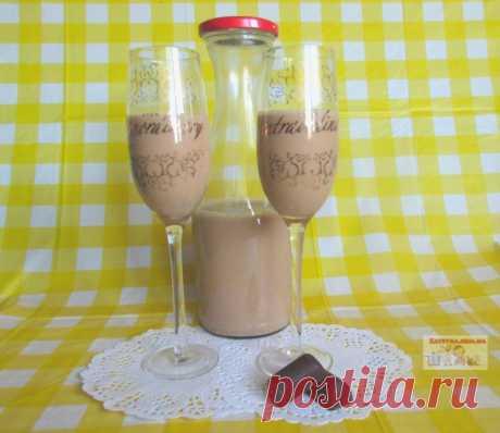 Молочно-кофейный ликер — Кулинарная книга - рецепты с фото