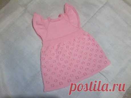 детское платье вязаное спицами