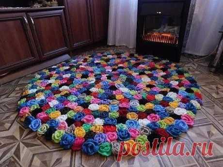 Восхитительные коврики из вязаных розочек — Сделай сам, идеи для творчества - DIY Ideas