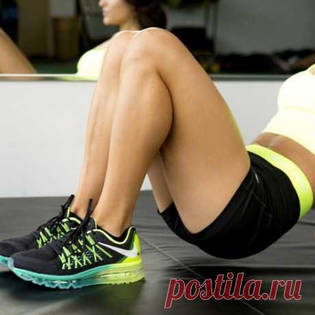 Хотите сильные и сексуальные ноги? Вот список упражнений на вечер!