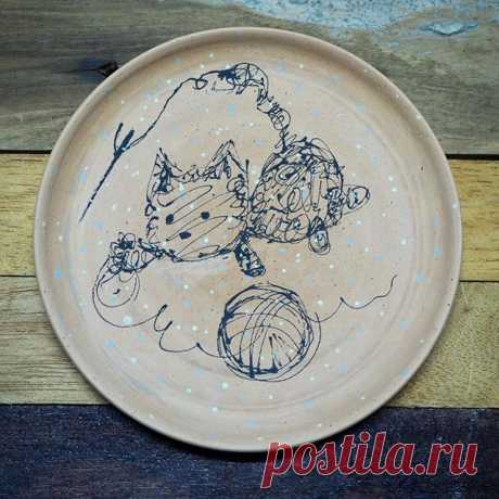Scribble Cat Attacks!  ٩( ᐛ )و . #cuteceramics #fromthailand #bangkok #scribble #underglaze #potterywheel #scribbleart #bkk #plate #handmade #cutecat #ceramics