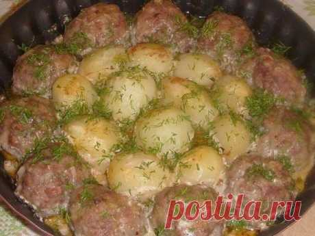 Как приготовить котлетки с картошкой в сметанно-томатном соусе!