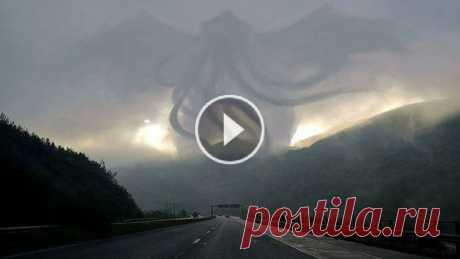 Уникальное ВИДЕО, которое доказывает, что Бог на самом деле существует! Существует ли Бог? Есть ли этому доказательства? Ответ получите в этом видеоролике.