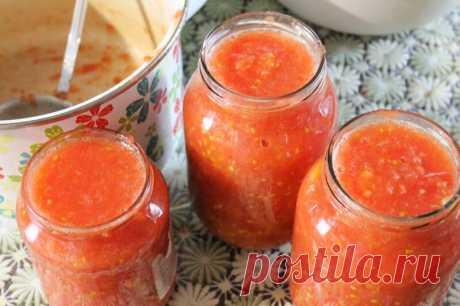 Куда девать урожай помидоров? Мы нашли идеальный и простой вариант: заготовка пассаты на зиму!