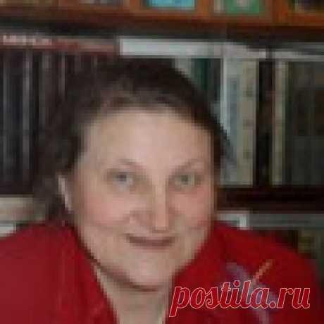 Елена Лученок