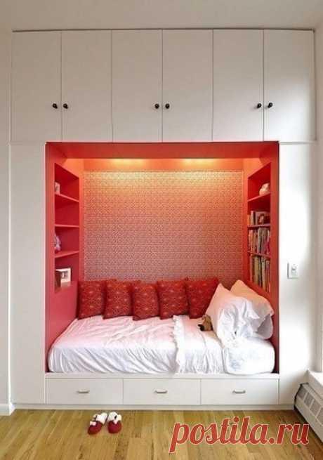 Спальное место в шкафу