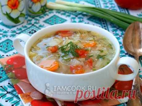 Луковый суп для похудения — рецепт с фото Готовим легкий луковый суп с овощами: капустой, морковью и томатами. Для приготовления супа можно использовать: воду или овощной бульон.