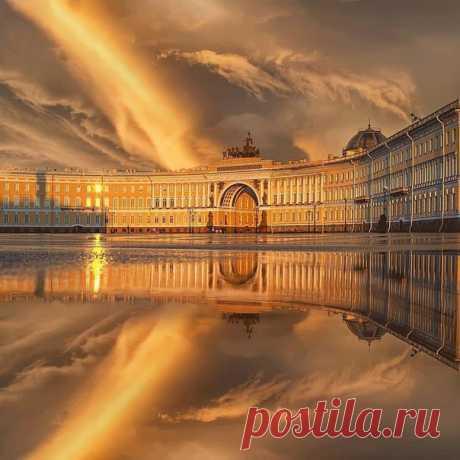 Шикарный закат в Санкт-Петербурге, Россия  Вокруг Света в Instagram @roundtheworld2